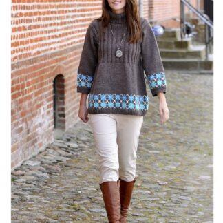 Sweater med tre kvart ærme strikket med Lima garn strikkeopskrift nr 1662